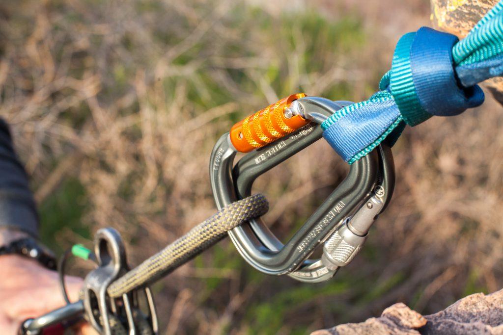 Petzl-Am'D-william-locking-carabiner-review-dirtbagdreams.com