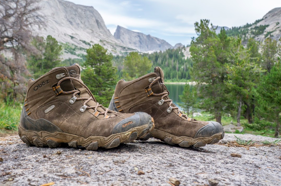 f1970eb627c Oboz Bridger Mid B-Dry Waterproof Hiking Boots Review - Dirtbag ...