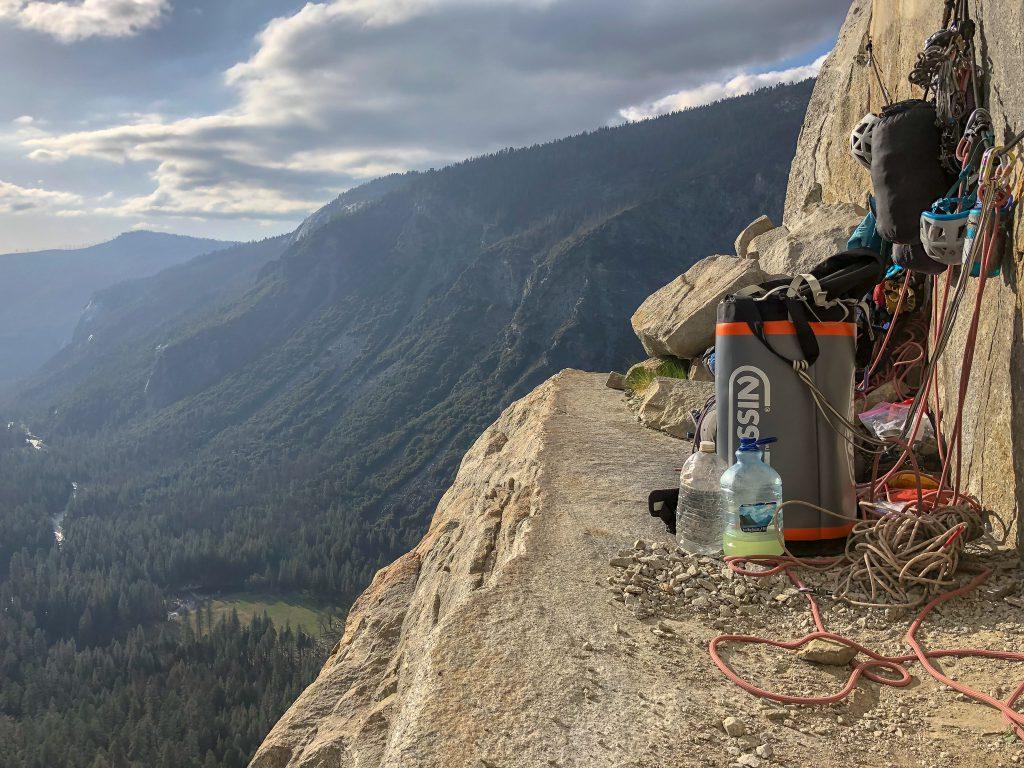 camp-cassin-torre-70-haul-bag-review-dirtbagdreams.com