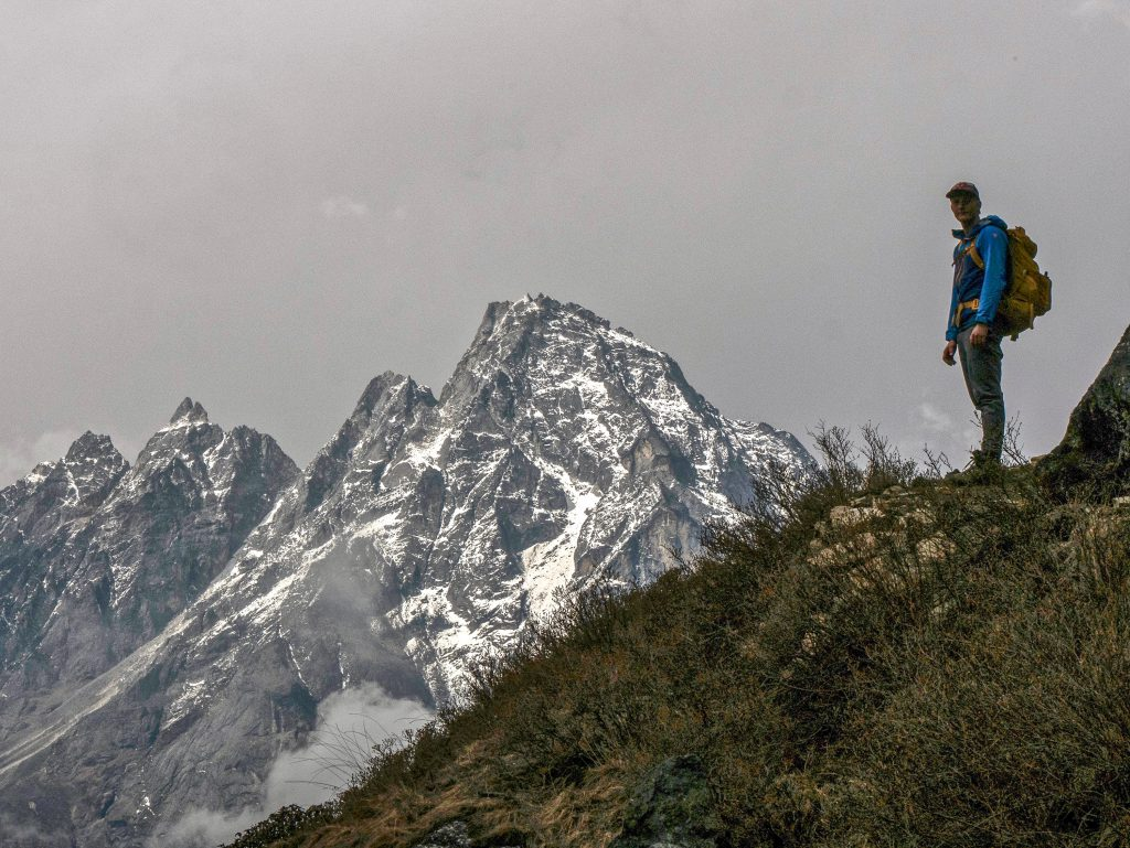 Hiking-Icebreaker-Merino-wool-products-clothing-review-dirtbagdreams.com