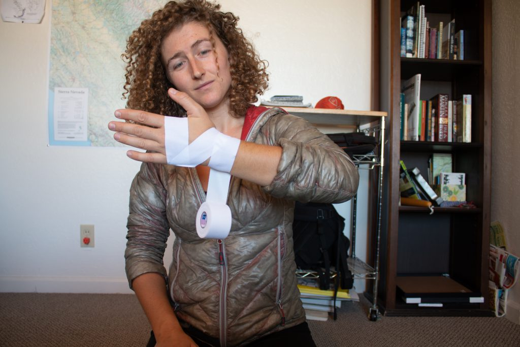 Fast and Lazy Tape Gloves - Step 3