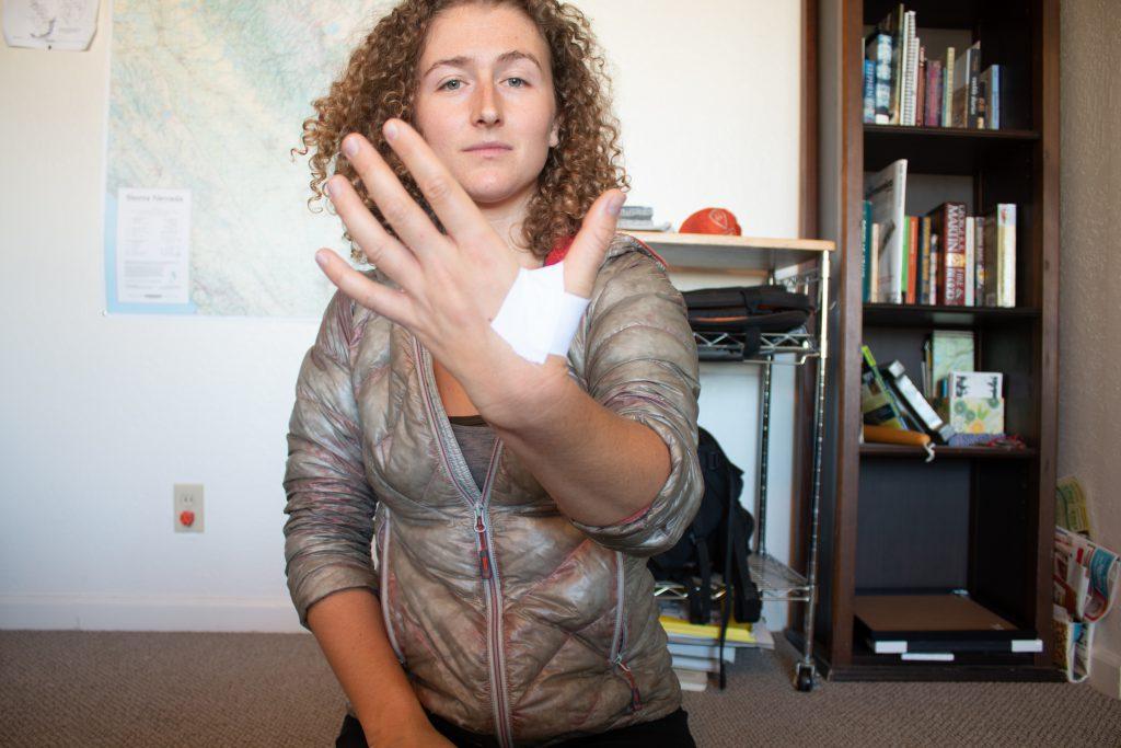 Offwidth Tape Gloves - Step 1