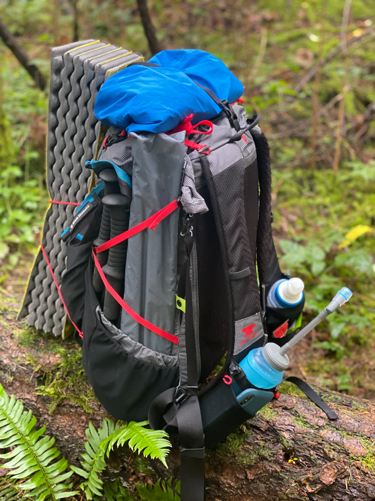 Easy quick access to water, snacks, and your phone/or camera.