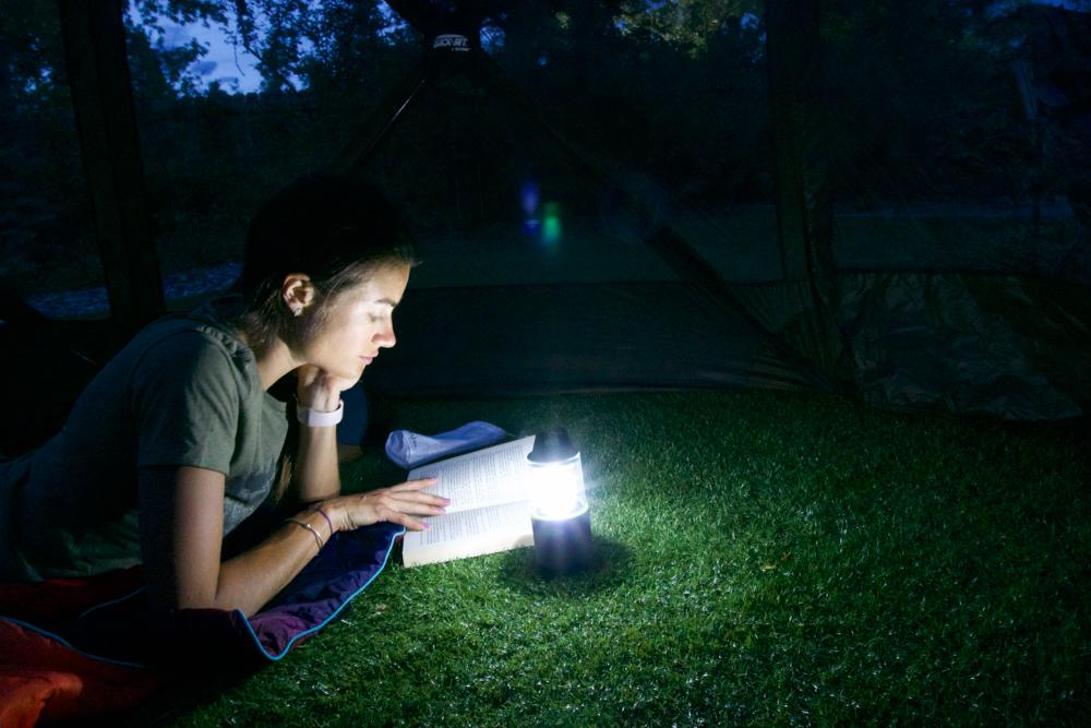 nite-ize-radiant-314-rechargable-lantern-pwer-bank-review-dirtbagdreams.com