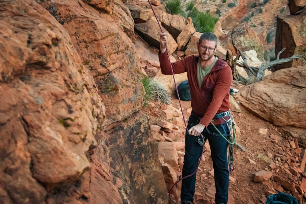 mountain-hardwear-mens-cragge-hoody-review-dirtbagdreams.com