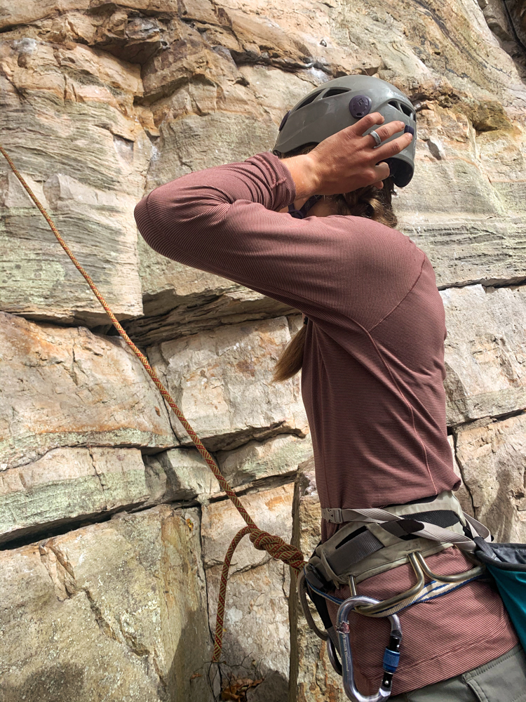mountain-hardwear-women-ghee-long-sleeve-crew-review-dirtbagdreams.com