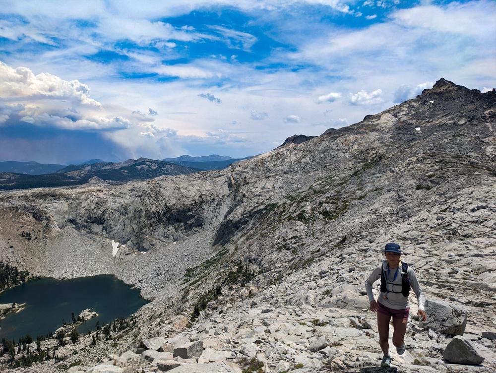 Dani Reyes-Acosta Sky Running to Summit Desolation Wilderness Tamarack Fire Outbreak 2021